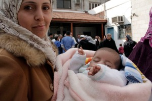 Al Ahli hospital mom with baby