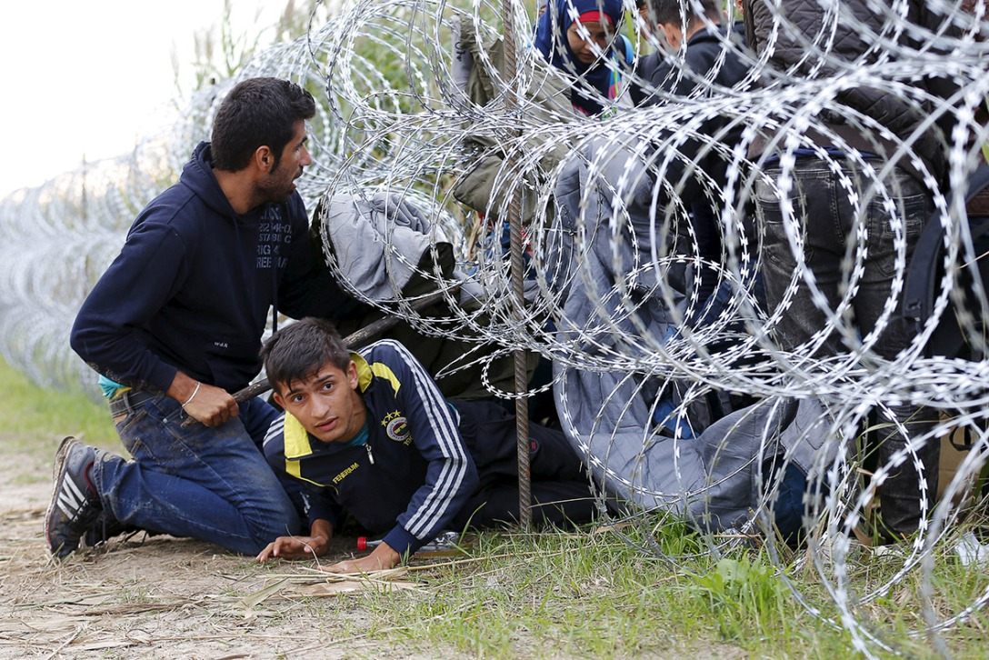 migrants-hungary-eu-fence